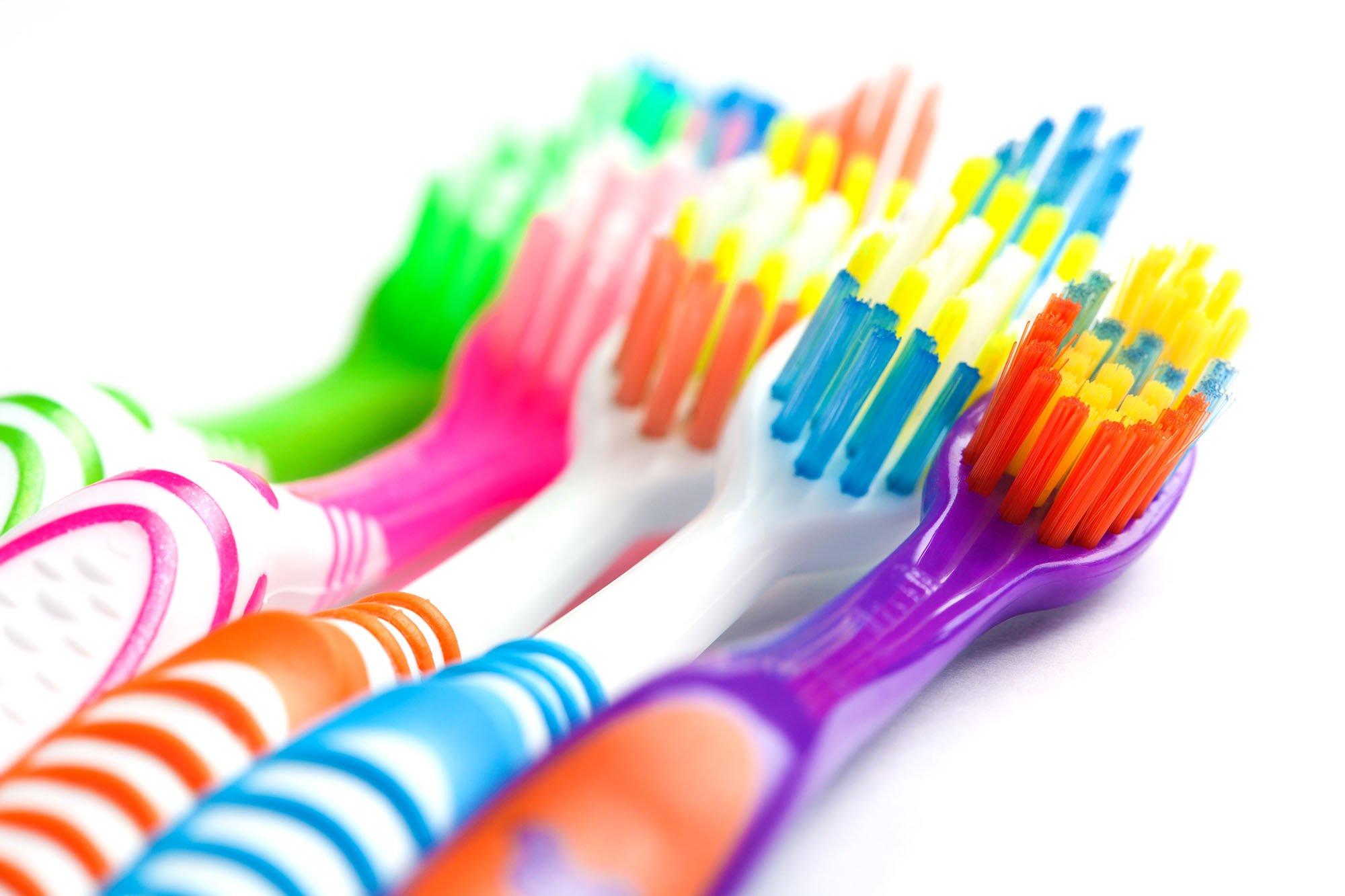 Errores en la higiene oral cepillo de dientes