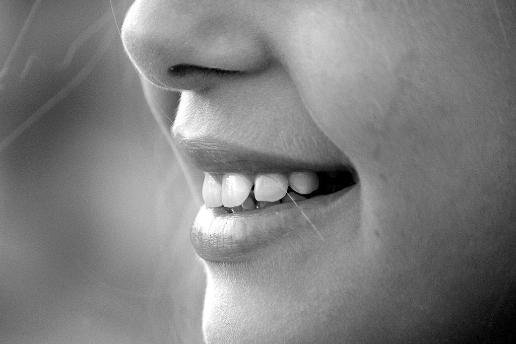 ¿Por qué se mueven mis dientes? Portada