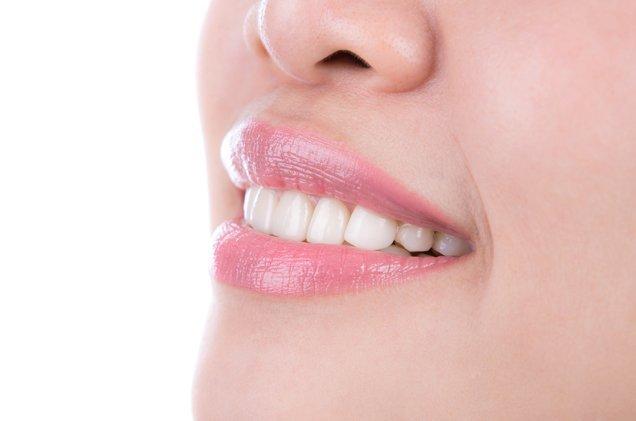 clínica dental fluor Valencia