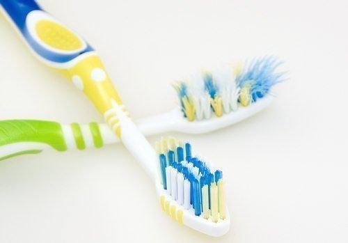Cepillado dental desgaste cerdas cepillo de dientes